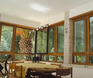در و پنجره چوب آلومینیوم 1