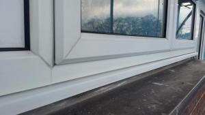 مراحل نصب درب و پنجره UPVC 1