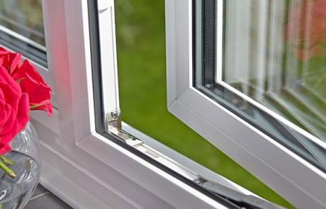 تفاوت شیشه دوجداره و سه جداره